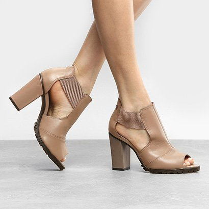Ankle Boot Cravo & Canela Salto Grosso Elástico