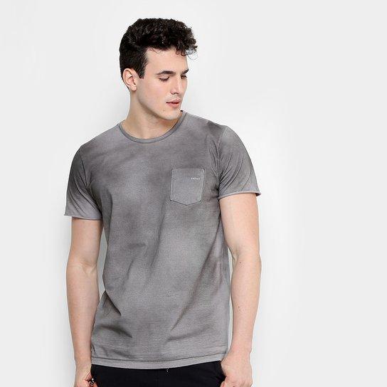 Camiseta Colcci Estonada Bolso Masculina - Compre Agora  f3b61ef9bf5