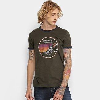 7d35ccea21 Camiseta Manga Curta Colcci Estampada Masculina
