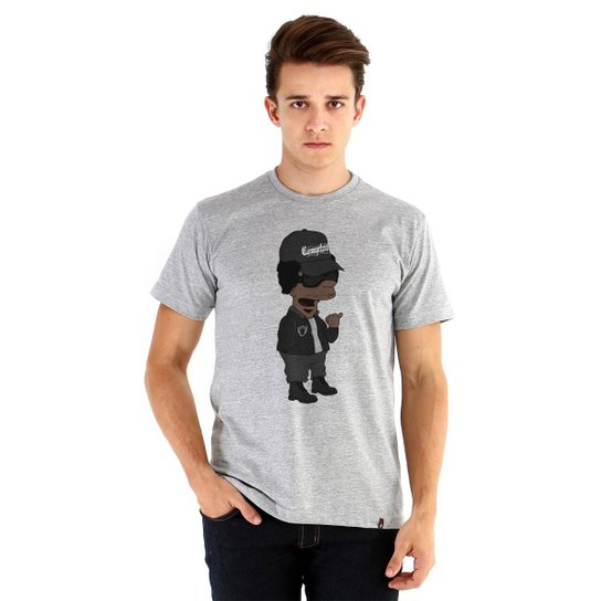 2049493bd Camiseta Ouroboros Manga Curta Eazy-E X Simpsons Masculina - Cinza ...