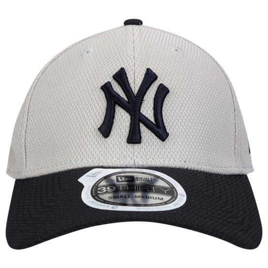 Boné New Era 3930 MLB New York Yankees - Compre Agora  34724525e6f