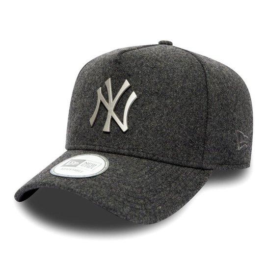 Boné New York Yankees 940 Metal Trucker A-Frame - New Era - Compre ... c5a6b623711