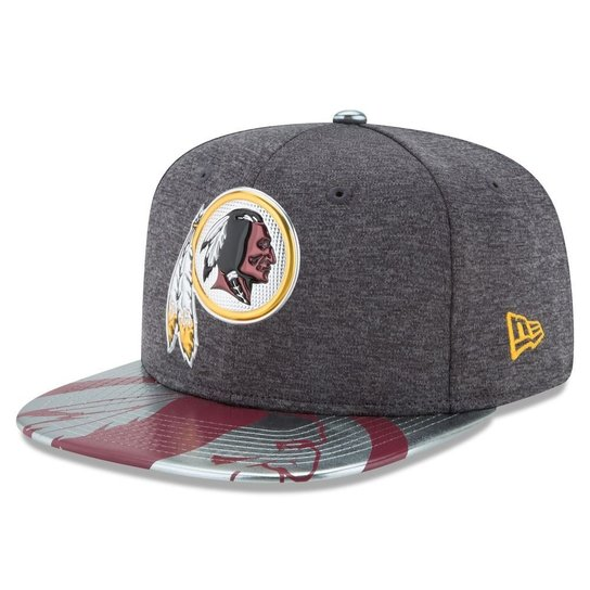 Boné Washington Redskins DRAFT 2017 Spotlight Snapback - New Era - Cinza 00c1d5ed60f