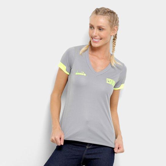 1f1c0f3125 Camisa Vasco Treino 19/20 Diadora Feminina - Cinza | Netshoes