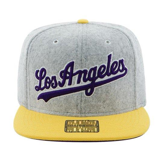 BONE ABA RETA YOUNG MONEY SNAPBACK LOS ANGELES VELUDO - Compre Agora ... 4bceed0e2e1