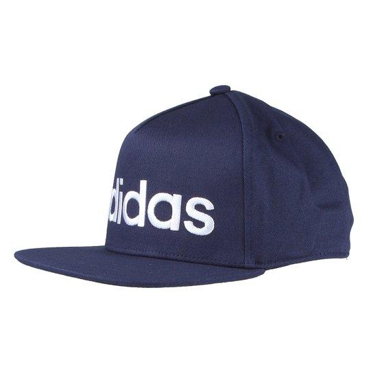 96a96149df2b5 Boné Adidas Aba Reta Flatbrim Logo Masculino - Compre Agora