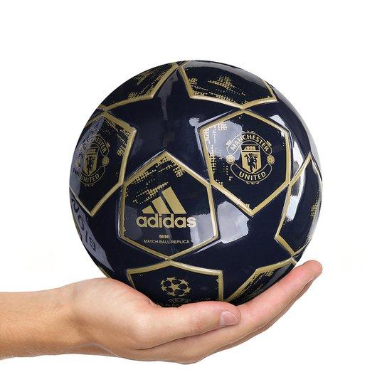 6b300871ed Mini Bola de Futebol Manchester United Adidas Finale 18 - Marinho ...