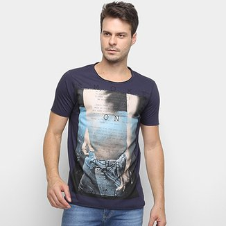 dfb128142 Camiseta Derek Ho On The Water Masculina