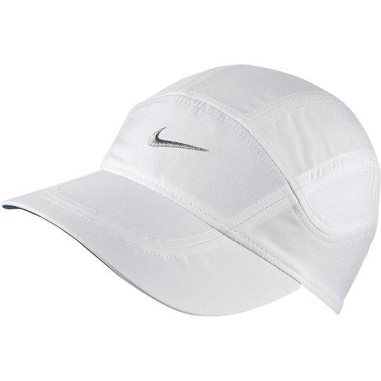 Boné Nike Aba Curva Dri-Fit Spiros - Compre Agora  5fe67696181
