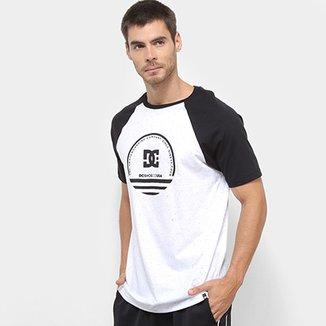 d32ba6bbcd Camisetas DC Shoes Masculinas - Melhores Preços | Netshoes