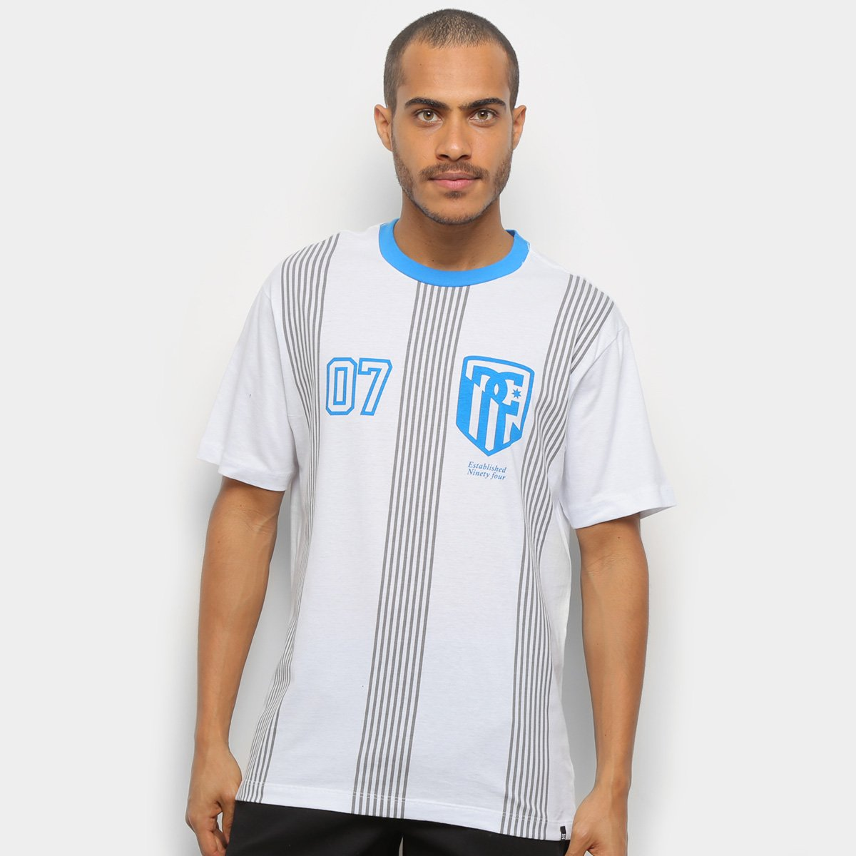 Camiseta DC Shoes Especial Redcrest Masculina