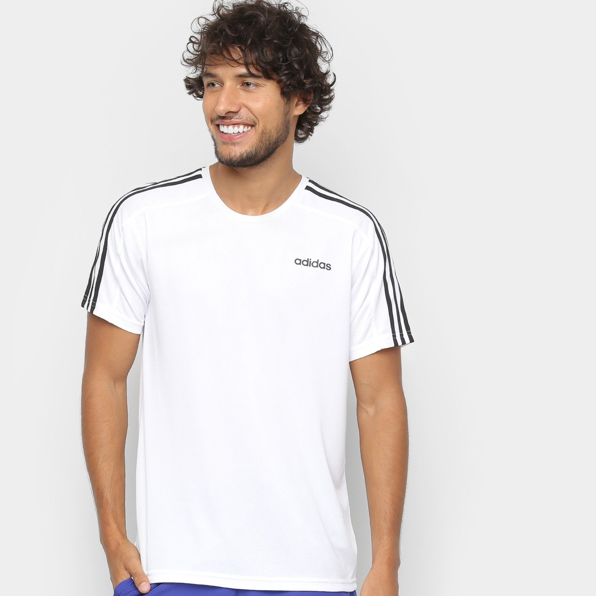 dc2802b33f9 Camiseta Adidas Design 2 Move 3 Stripes Masculina