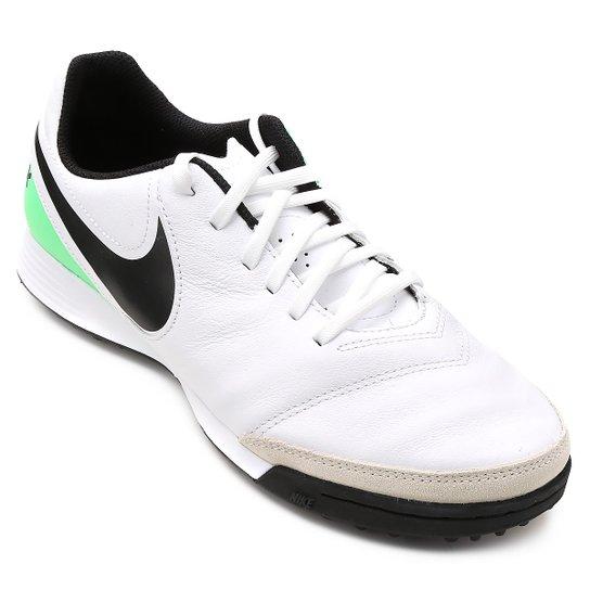 Chuteira Society Nike Tiempo Genio 2 Leather TF - Branco e Verde ... e070458dc17f7