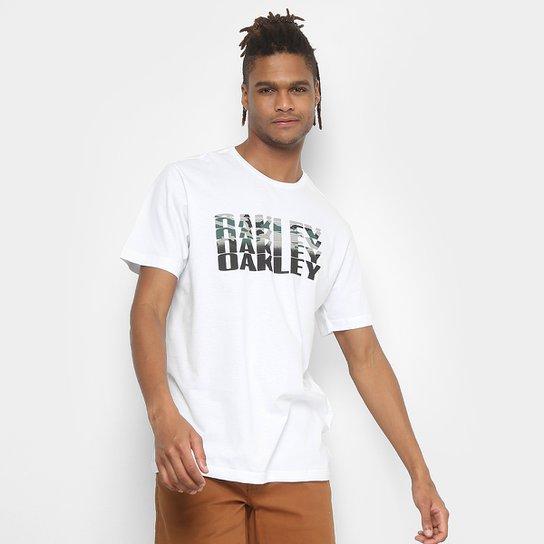 Camiseta Oakley Bark Camo Tee Masculina - Branco - Compre Agora ... 9cb149e22e44a