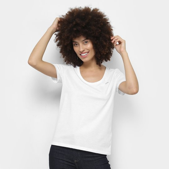 adb15f1cc2536 Camiseta Lacoste Básica Feminina - Compre Agora   Netshoes