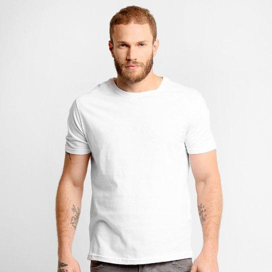 911543c6c3 Camiseta Calvin Klein Gola Careca - Compre Agora
