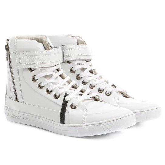 5ac9080ba3711 Tênis Calvin Klein Cano Alto Velcro - Compre Agora