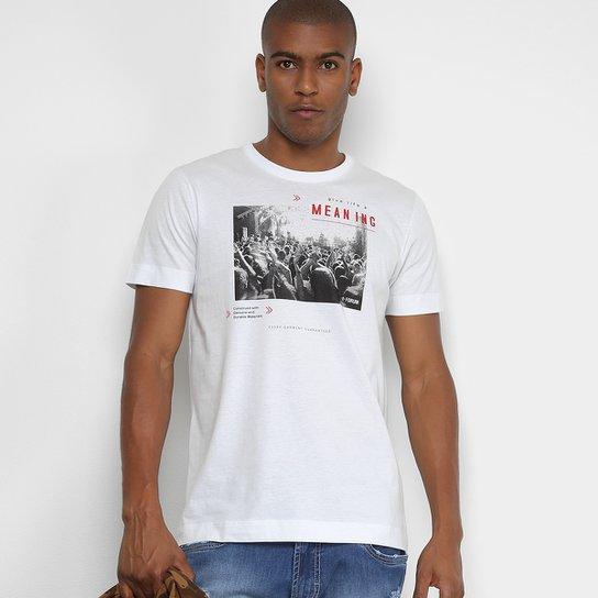 63a2934de Camiseta Manga Curta Forum Estampada Masculina - Compre Agora   Netshoes
