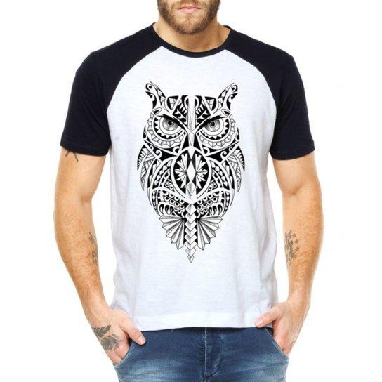 91734e286e Camiseta Raglan Criativa Urbana Coruja Tribal - Branco