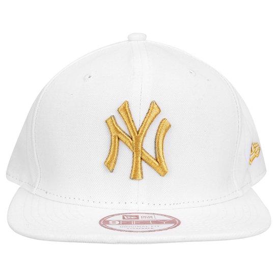 170b486ff29b4 Boné New Era 950 MLB New York Yankees - Branco - Compre Agora
