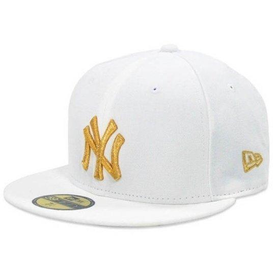 Boné New Era Aba Reta Fechado Mlb Ny Yankees Basic - Branco - Compre ... 575d6f8f5dd