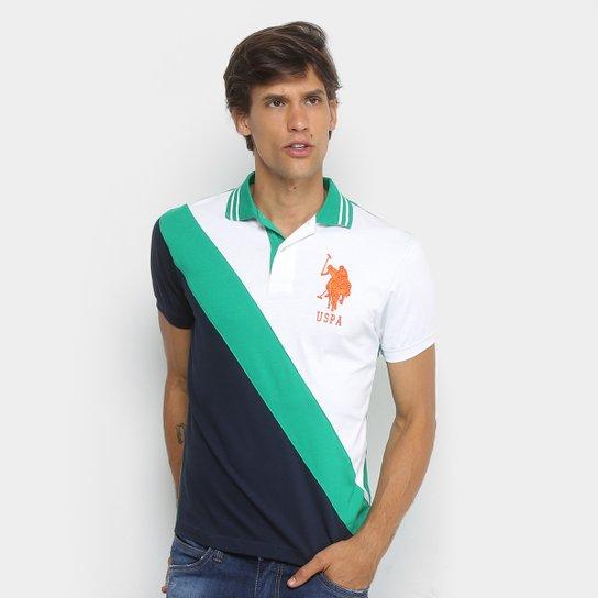 Camisa Polo U.S.Polo Assn Piquet Recorte Diagonal Frisos Bordado Masculina  - Branco+Verde 90e67614f3758