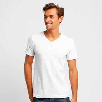 Compre Camiseta Gola V Masculina Online  675ecaa435f