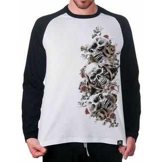968c239ac3 Camiseta raglan Artseries Caveira Artseries Masculina