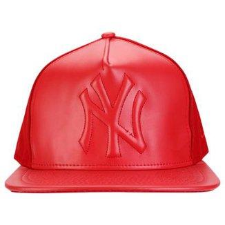 Boné New Era 950 MLB Leather Crush New York Yankees 9db6a0e4a41