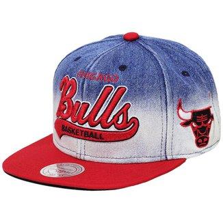 Boné Mitchell   Ness Aba Reta Snapback Nba Bulls D 546d4870efe