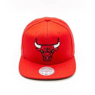 Boné Mitchell   Ness Lã Solid NBA Chicago Bulls Snapback 67d51ecbe12
