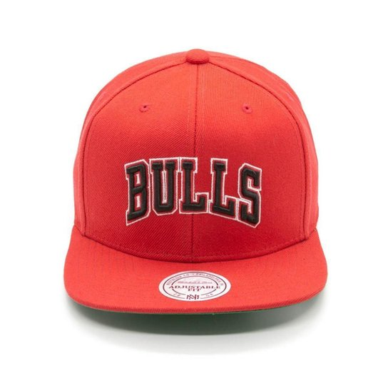 57f991e0b13c9 Boné Mitchell   Ness Lã Solid NBA Chicago Bulls Snapback - Vermelho ...