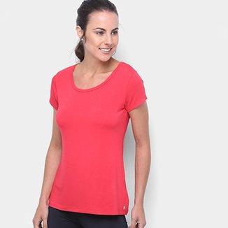 2e2c61327 Camiseta Gonew Detalhe nas Costas Feminina