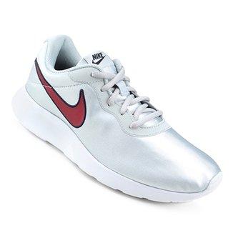 467deea6a4 Tênis Nike Tanjun Se Feminino