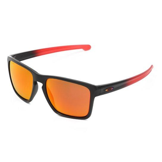 93c567bdaecdc Óculos de Sol Oakley Sliver Xl Masculino - Preto e Vermelho - Compre ...