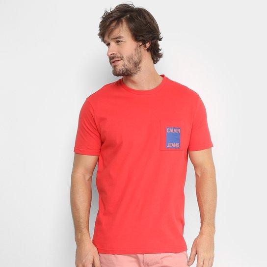 Camiseta Calvin Klein com Bolso Masculina - Vermelho - Compre Agora ... 2cdb9242fec