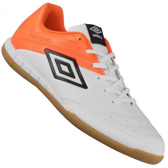 Tênis Umbro Indoor Diamond II Futsal - Branco e Laranja - Compre ... 18218665a1108