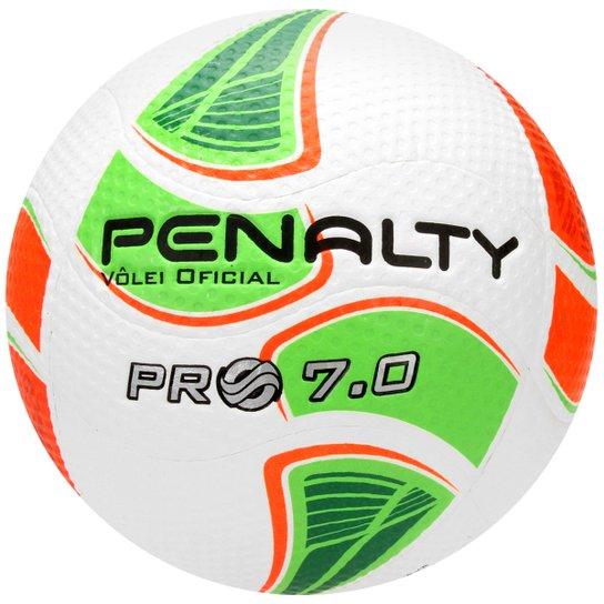 6fce4d21f5fbc Bola Penalty Vôlei Pró 7.0 5 - Branco e Verde Claro - Compre Agora ...