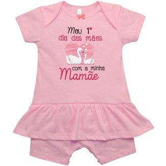 8a372462a5 Macacão Curto Saia Bebê Nigambi Meu 1º Dia das Mães Feminino
