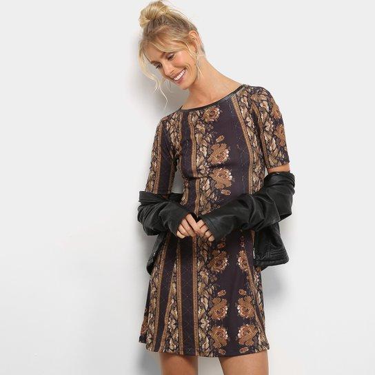 96e0904354 Vestido Lança Perfume Evasê Curto Manga Curta - Compre Agora