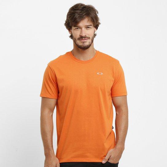 Camiseta Oakley Dry Masculina - Laranja Escuro - Compre Agora  3b7e4e4b472