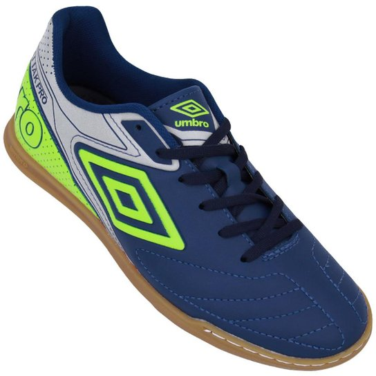 1101710990 Chuteira Futsal Umbro Attak Pro - Marinho e Prata