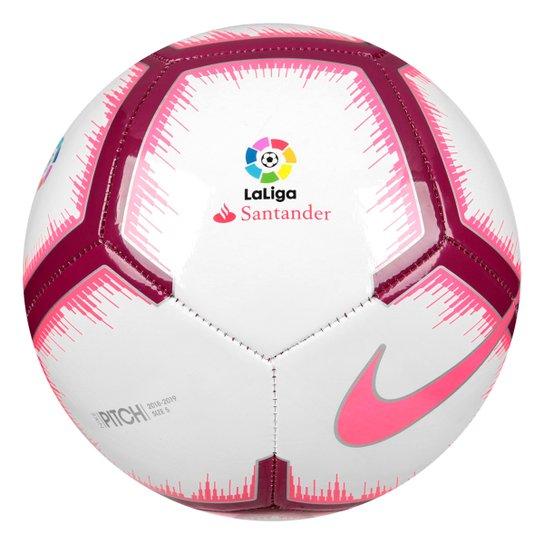 f0be666d3cc72 Bola de Futebol Campo Nike La Liga Pitch - Branco e Vermelho ...