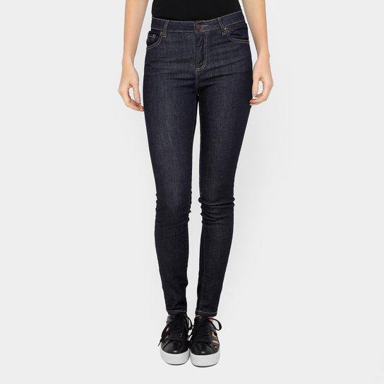 b0b2adad02923 Calça Jeans Skinny Lacoste Lavagem Escura Feminina - Compre Agora ...