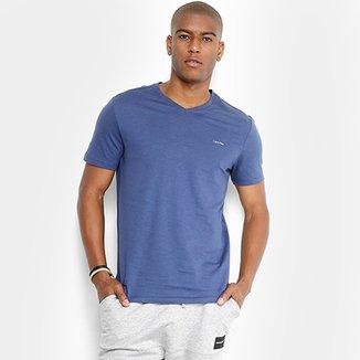 b4a920219a Camiseta Calvin Klein Slim Gola V Masculina