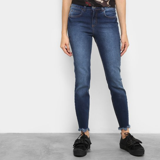 9085571e76 Calça Jeans Skinny Colcci Base Cory Barra Desfiada Cintura Alta Feminina -  Jeans