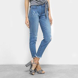 e21a1c163 Calça Jeans Skinny Colcci Cory Estonada Puídos Barra Desfiada Cintura Média  Feminina
