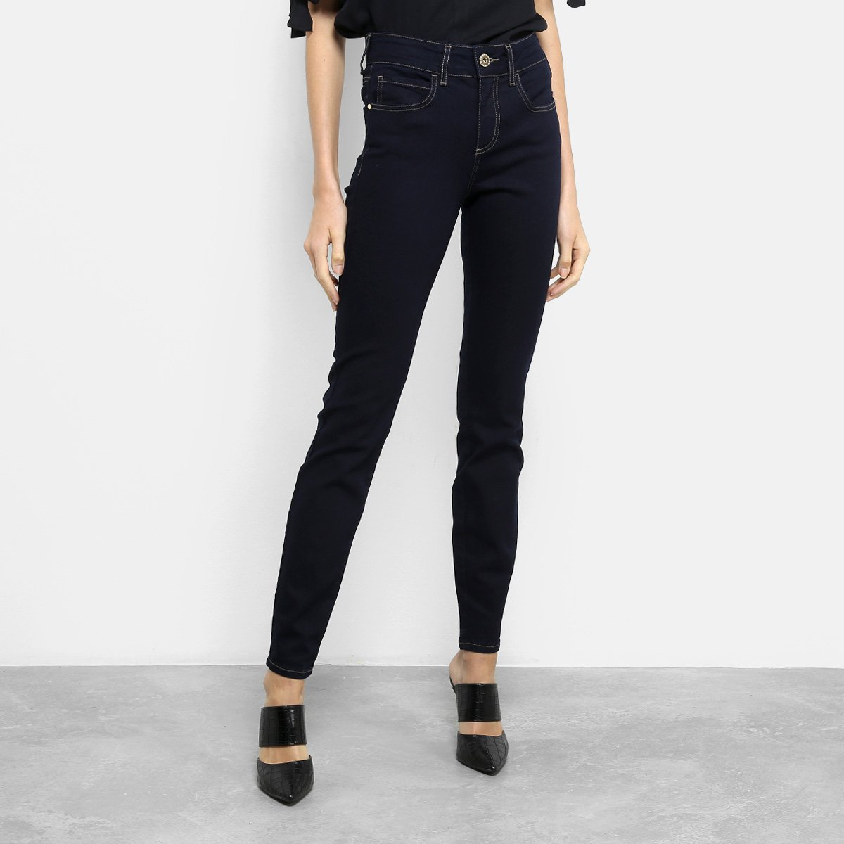 caef22cf5 Calça Jeans Skinny Colcci Cory Cintura Média Feminina