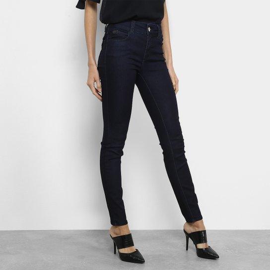 c840f27b1 Calça Jeans Skinny Colcci Fátima Cintura Alta Feminina - Preto ...