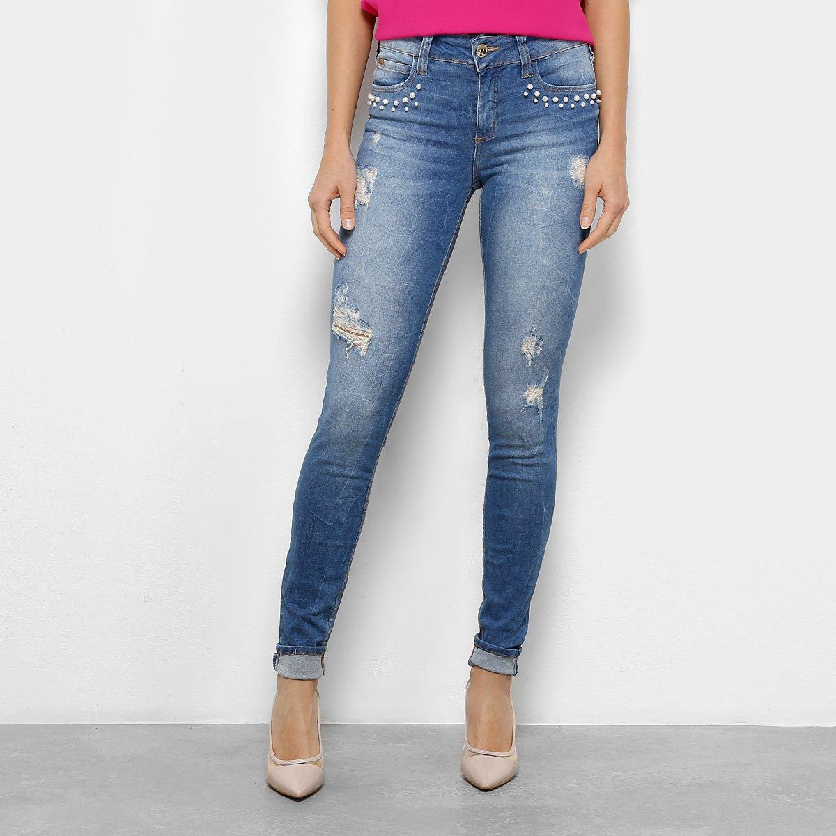 cb734b368 Calça Jeans Skinny Colcci Fátima Rasgos Pérolas Cintura Média Feminina